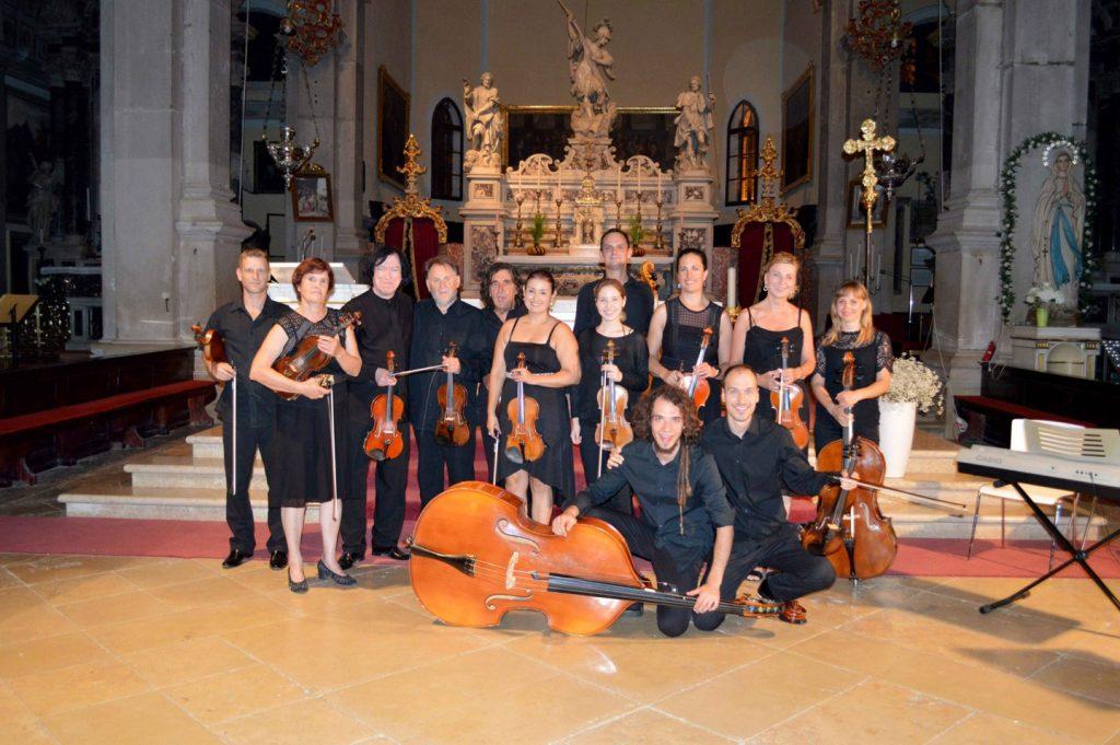 Zagrebački komorni orkestar u Župnoj crkvi Bezgrješnog začeća BDM u Valpovu
